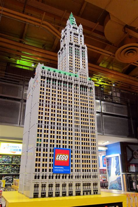 """NYC - Times Square: Toys """"R"""" Us - LEGO Woolworth Building"""